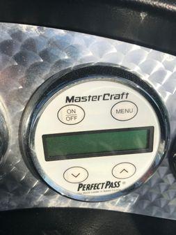 Mastercraft X-7 image