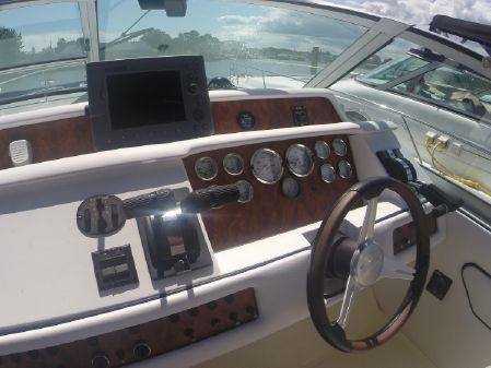 Sea Ray 330 Sundancer image