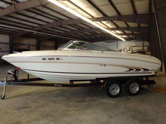 Sea Ray 210 Bow Rider - main image