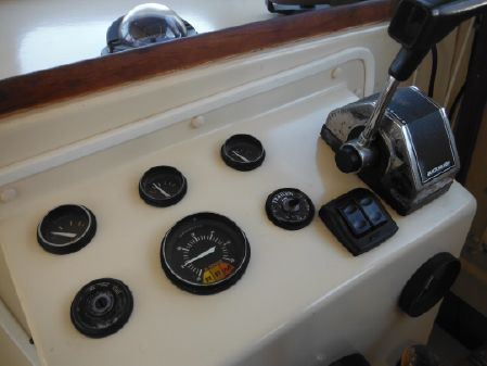Rosborough RF-246 Custom Wheelhouse image