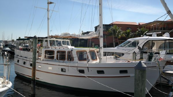 Island Trader Motorsailer 46
