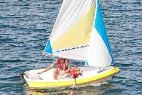 2017 Walker Bay Breeze 8