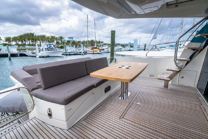 2018 Prestige BoatsalesListing Buy