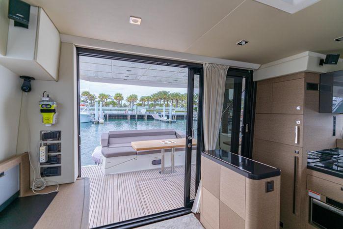 2018 Prestige BoatsalesListing Rhode Island