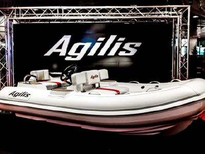 2019 Agilis<span>305</span>