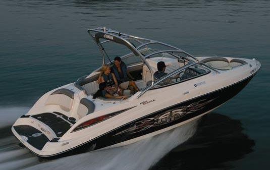 Yamaha Boats AR230 HO