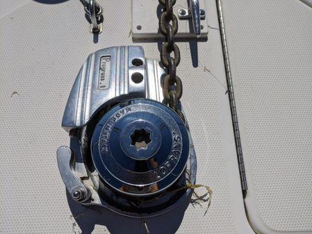 Sea Ray Sundancer 310 image