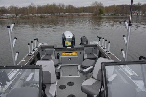 Starcraft 196 Fishmaster image