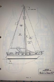 Island Packet 320 image