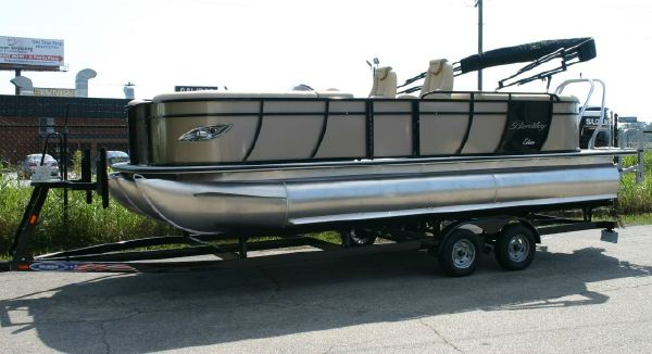 Bentley Pontoons 253 Elite Admiral image
