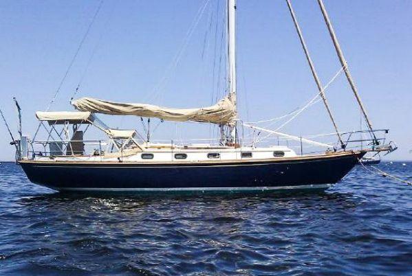 Robinhood 36 (Cape Dory) -- CUTTER - compare to Morris ABNER E
