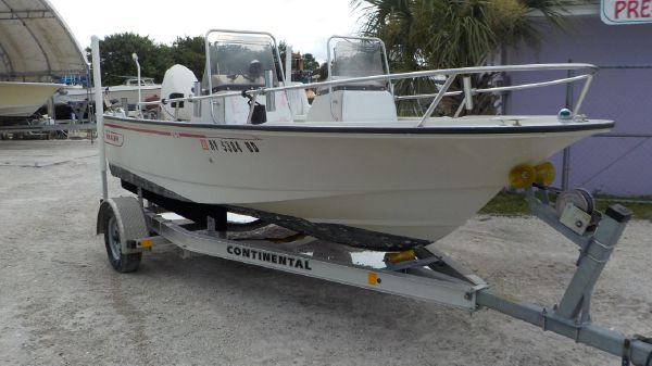Boston Whaler SL16
