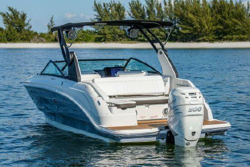 Sea Ray SDX 250 Outboard image