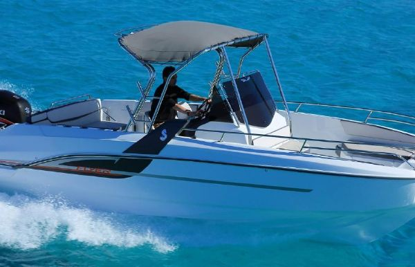 2018 Beneteau Flyer 7.7 Spacedeck