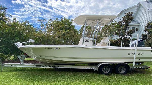 Robalo 248 BayBoat