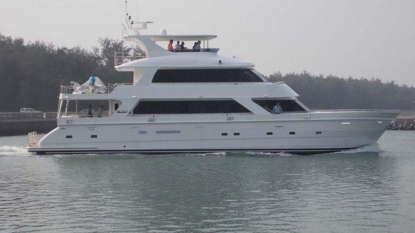 President 870 Tri Deck LRC