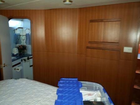 Novamarine Tri cabin image