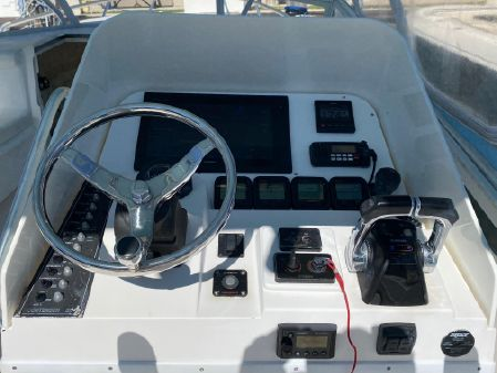 Contender Express - Side Console image