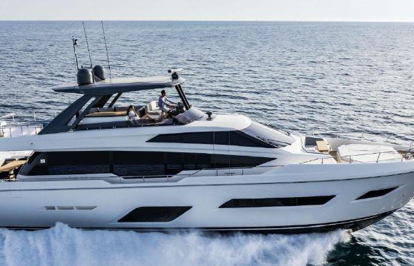2020 Ferretti Yachts 780