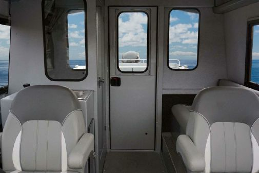 KingFisher 2425 Escape HT image