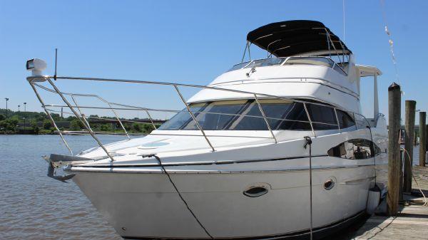 Carver 366 Motor Yacht
