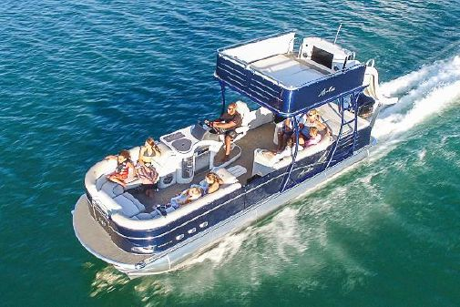 Avalon Catalina Platinum Cruise Funship - 27' image