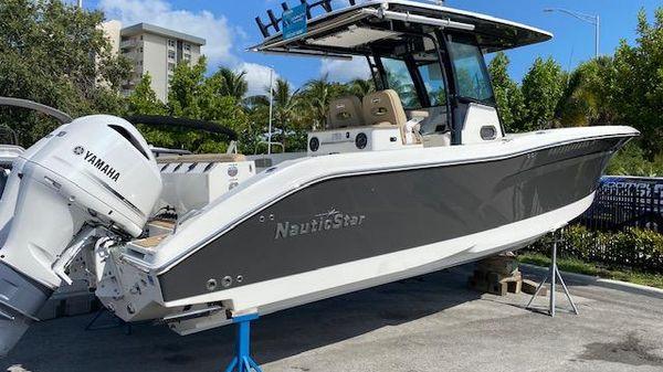 NauticStar 32XS