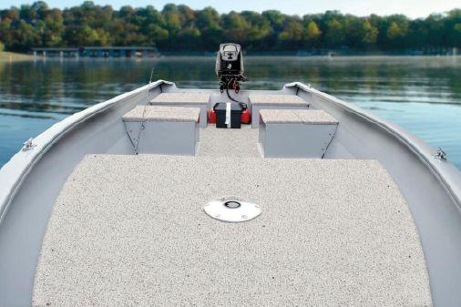 Tracker Guide V-16 Laker Deep V image