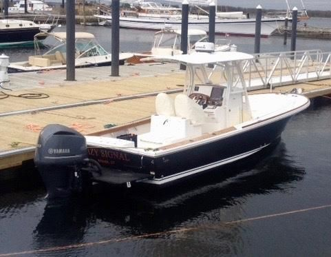 Hunt Yachts Surfhunter 25 CC - main image