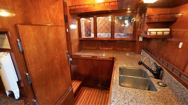 1982 Don Brooke - Export Yachts Buy Massachusetts