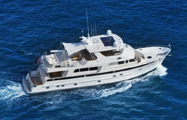 2022 Outer Reef Yachts 820 CPMY