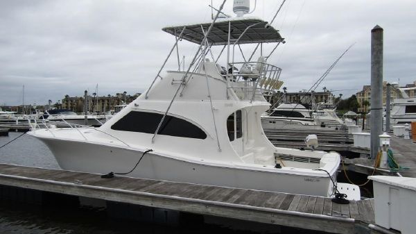 Luhrs 36 Convertible