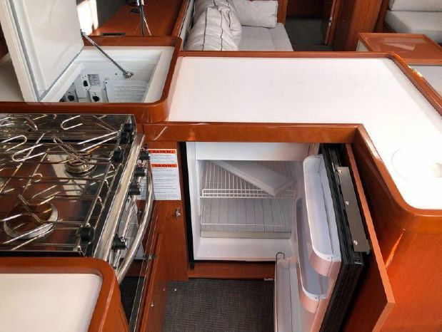2016 Beneteau Oceanis 60 For Sale Broker