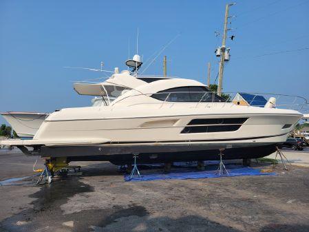 Riviera 5000 Sport Yacht image