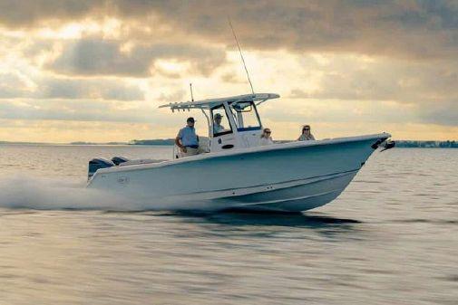 Sea Hunt Ultra 305 SE image