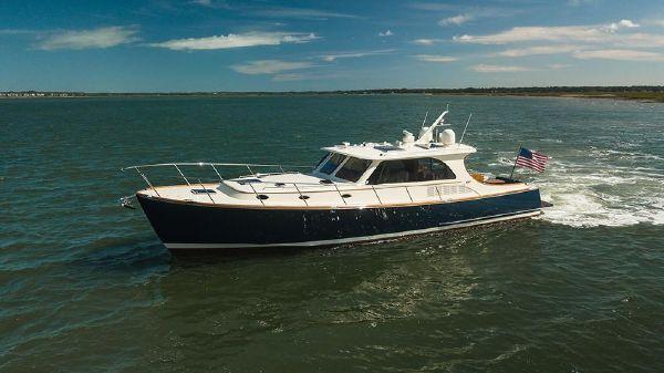 Hinckley Talaria 48 Motor Yacht