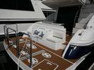 Cruisers Yachts 447 Sport Sedan.image