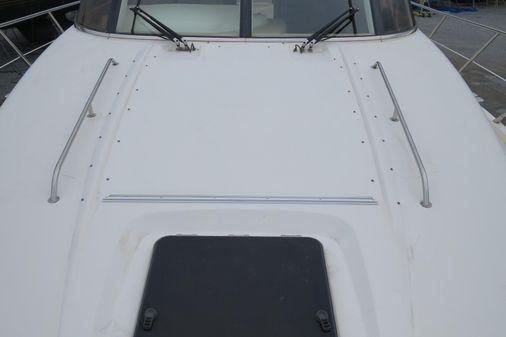 Sealine T47 Sedan Bridge image