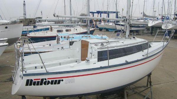 Dufour 2800