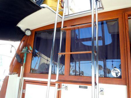 Bayliner 3888 Flybridge MY Sedan image