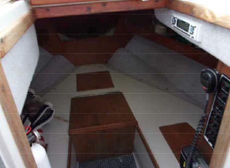 Rampage 24 Express Cruiser image