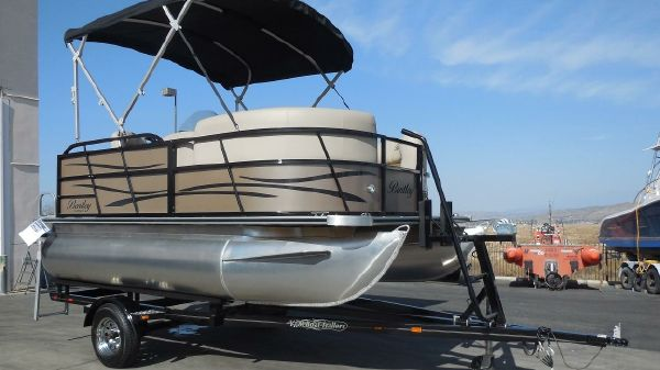 Bentley Pontoons 140 Cruise