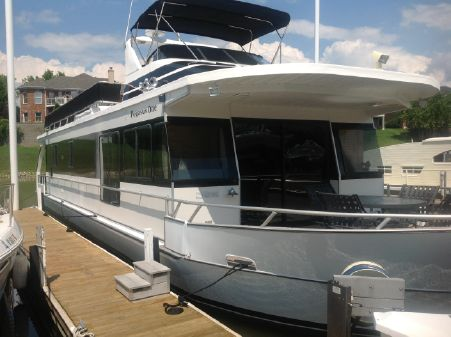 Monticello River Yacht image