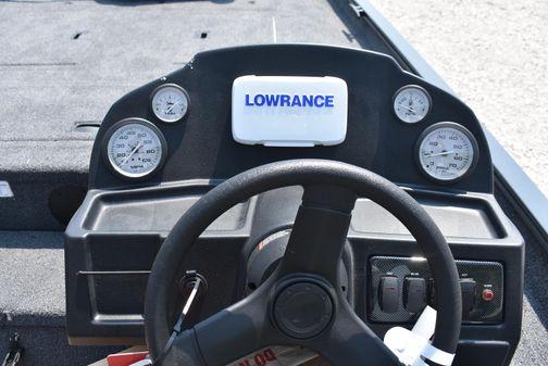 Lowe RX 1860 Legacy image