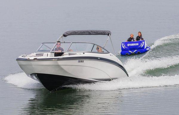 2018 Yamaha Boats SX240