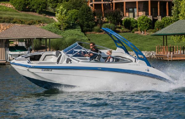 2018 Yamaha Boats 242 Limited S