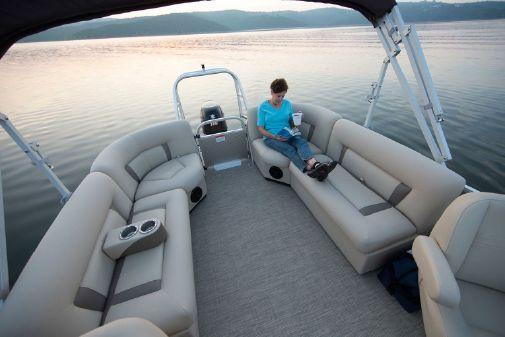 Landau Island Breeze 232 Cruise Sport Rear Lounge image