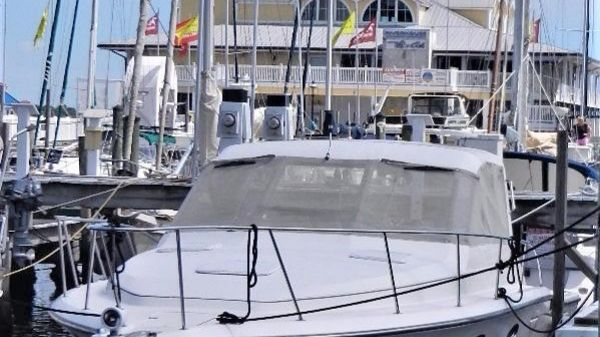 Tiara 3300 Open Port Bow