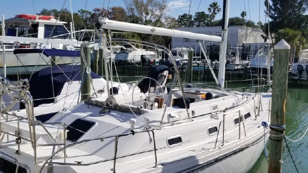 Catalina 380
