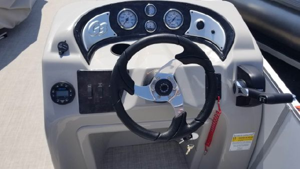 SunCatcher V20 Cruise image